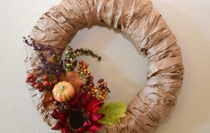 How to Make a Wreath From Brown Paper Bag
