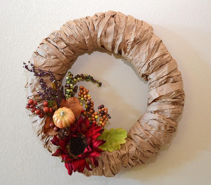 brown-paper-bag-wreath-fall-autumn