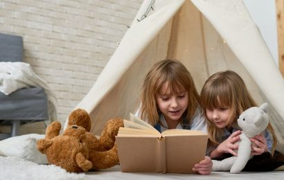 25 Best Indoor Activities for Kids