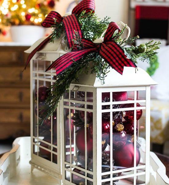 Porch Christmas Decoration Using Christmas Lanterns.